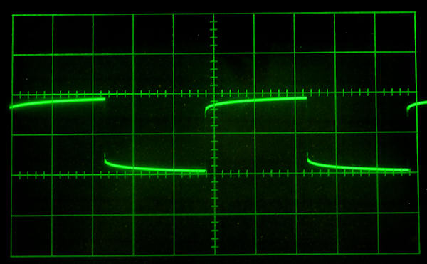 image of mic cable waveform
